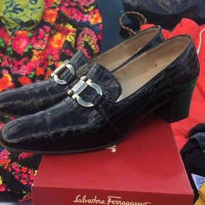 Vintage Black Salvatore Ferragamo pumps Shoes Sz 7